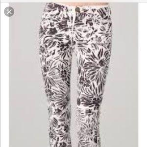 DVF ❤️ Current Elliott jeans floral sz 26 NWOT